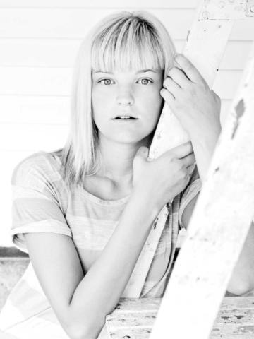 Model Portfolio Portraits - BD Portraits - Minneapolis Photographer - Brent Dundore Photography
